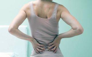 Боль в спине при кашле, в области лопаток — причины и лечение